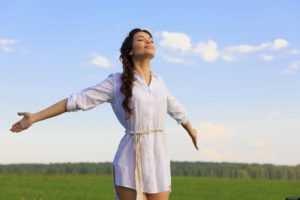 Медитация для похудения: как проводится для женщин для быстрого снижения веса, гипноз перед сном, омоложения